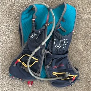 Ultimate Direction Hydration pack